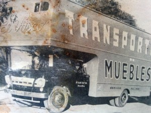 Carrocería de un camión de mudanzas, fabricado en el taller de Ottino
