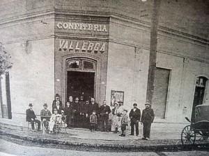 Antigua Confitería Vallerga, fundada en 1883 (Esquina de Pellegrini y Ceballos)