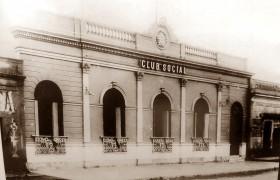 El Club Social de Chivilcoy, en 1910, cuando se produjo la trágica muerte del poeta Carlos Ortiz.