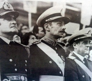 Los tres comandantes de la Fuerzas Armadas, Massera, Videla y Agosti.
