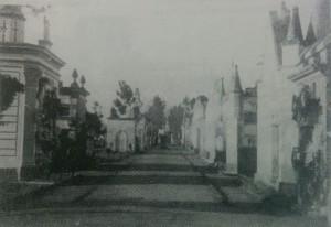 Imagen del viejo cementerio local, construido en 1865. Sus ruinas, se demolieron, a principios de la década de 1930.