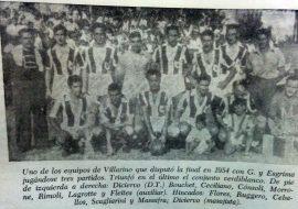 El equipo de Villarino, en la final del campeonato de 1954, en el mes de enero de 1955.