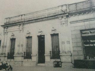 Primera sede de la Escuela Superior de Servicio Social, en la calle Pellegrini, al 300.