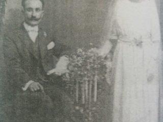 Don Jorge Simón Yapor, fundador de la tienda, junto a su esposa, Maria Cura.