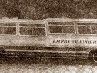 Ómnibus de la empresa Liniers, el día de la inauguración de la Terminal.