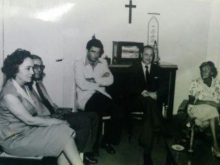 Reunión de directivos del Instituto Brumana y del Hogar Barneda (Década de 1980).