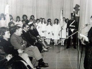 Festejo patrio en el Instituto Brumana. (Década de 1980).
