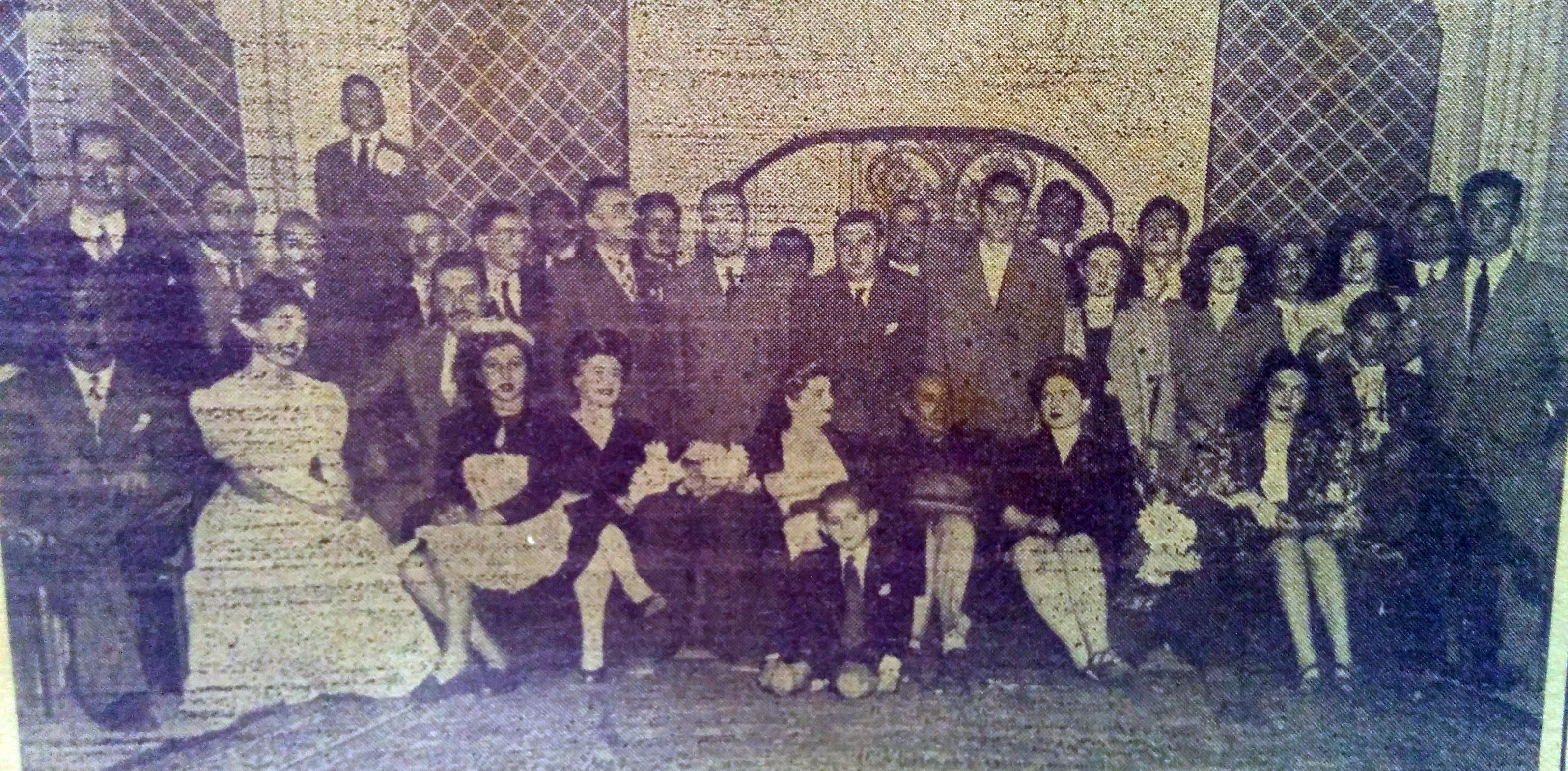 Conjunto teatral del Club Atlético La Pampa, que integró el poeta Oscar Ranni, en la temporada de 1947.