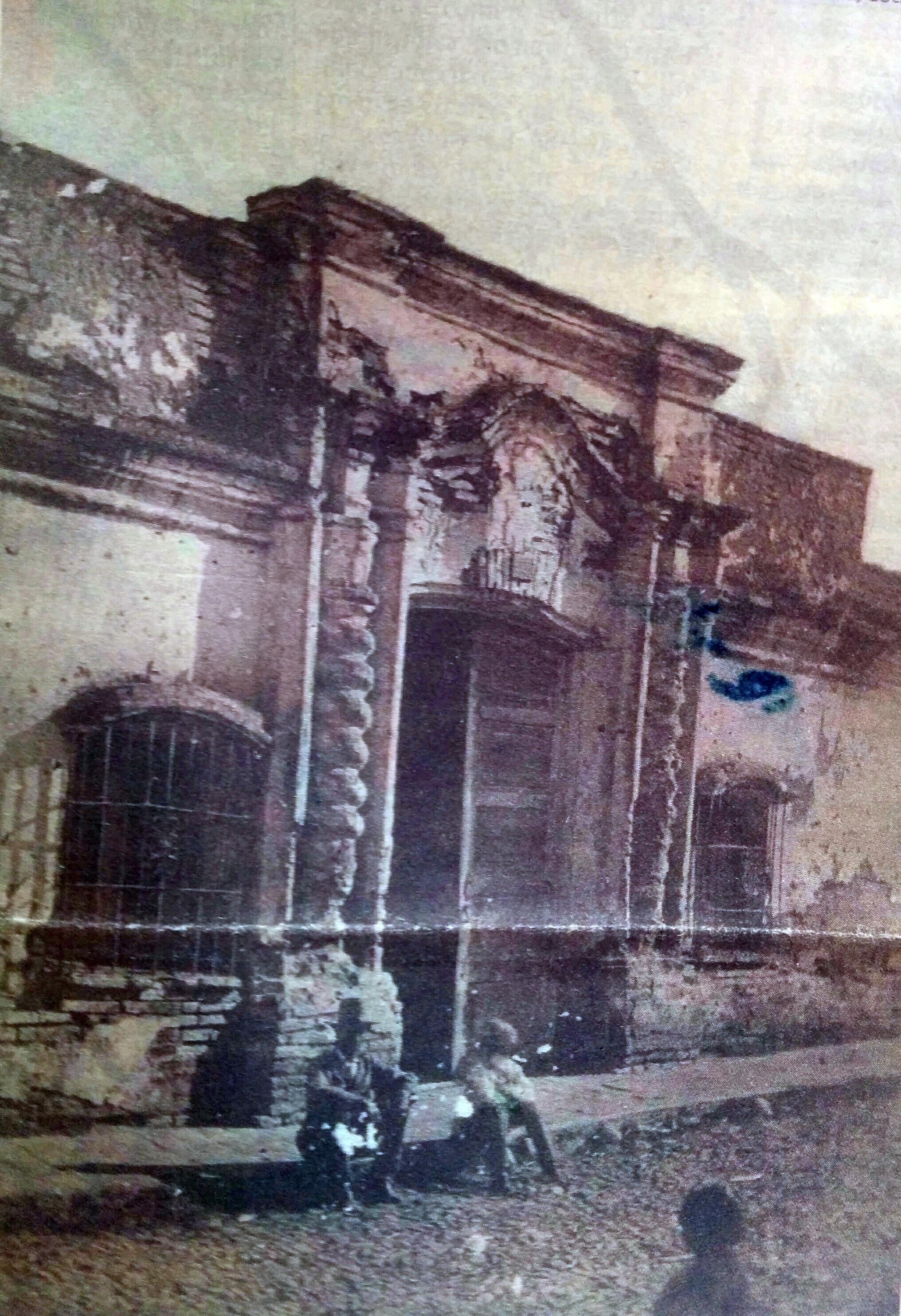 Fachada de la Casa de la Independencia, fotografiada, por el fotógrafo italiano Ángel Paganelli en 1869.