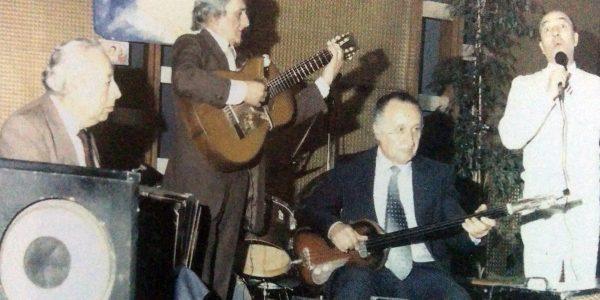 El Hermano Miguel Maresco, quien ha interpretado los temas musicales de Roberto Carde, en distintas oportunidades.