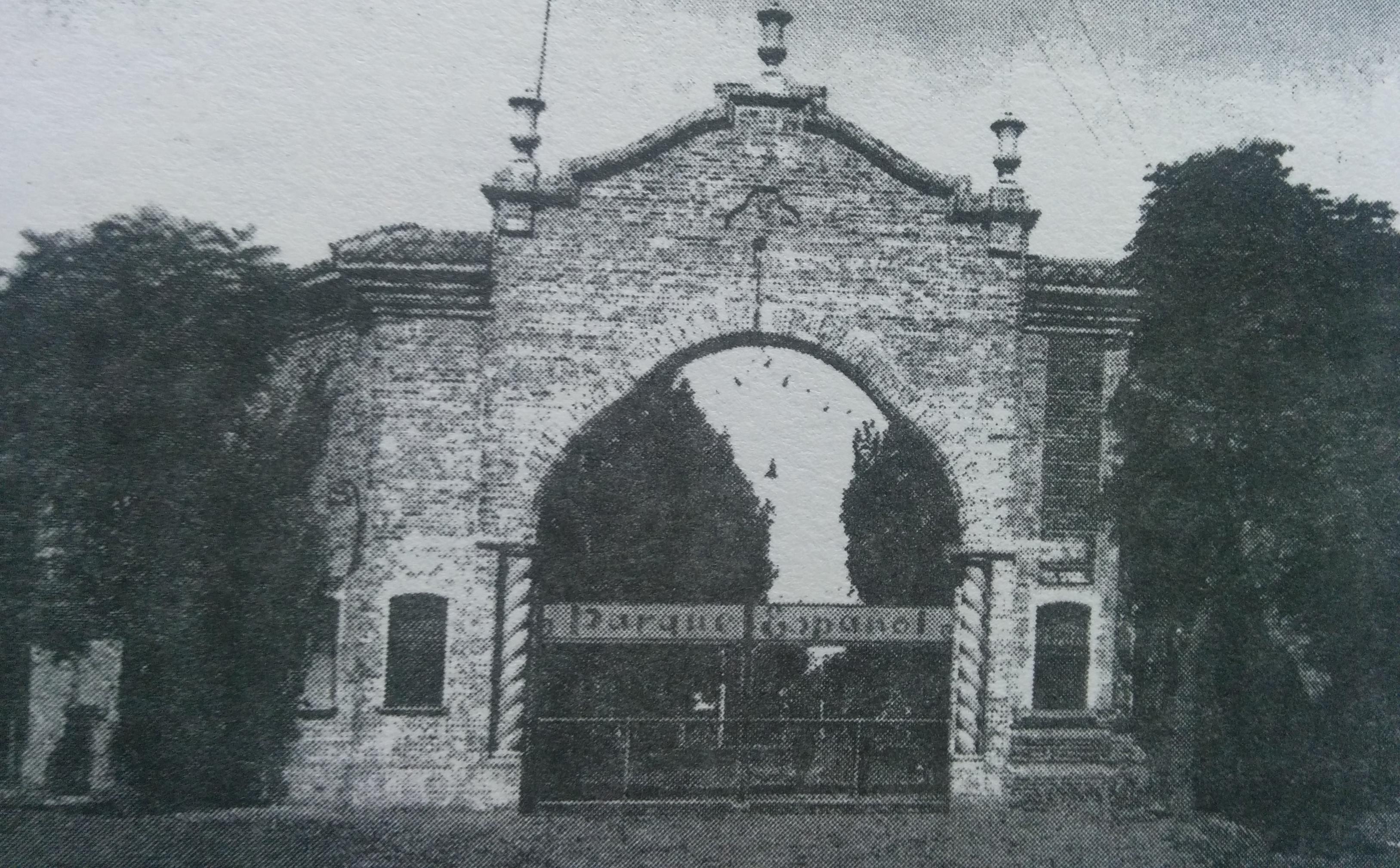 El delicioso e inolvidable Prado Español de Chivilcoy, inaugurado el 25 de enero de 1920. Las fiestas populares, del mes de enero de 1923.