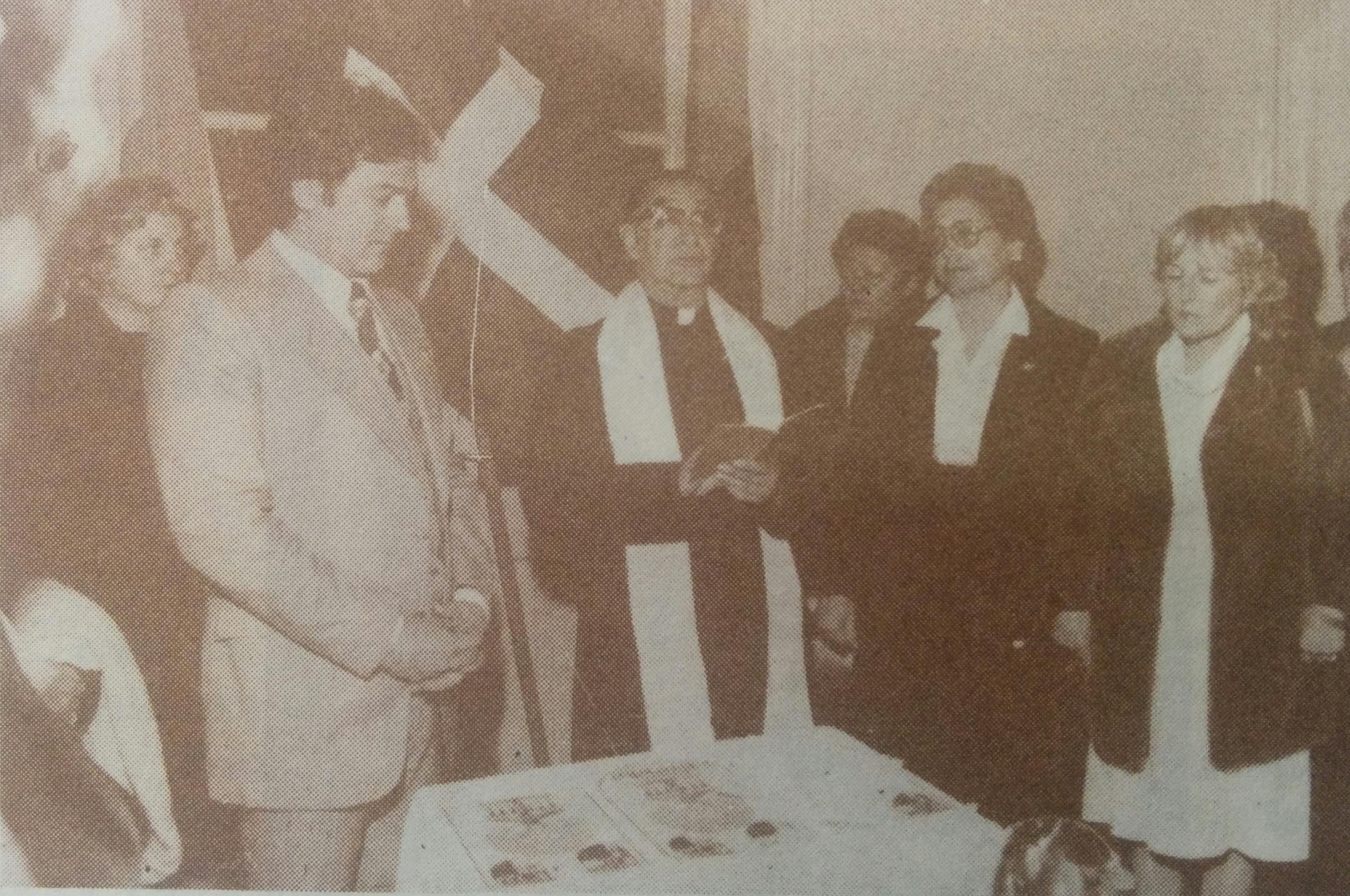 """Ceremonia Inaugural, del Centro Vasco """"Beti Aurrera"""", el 7 de julio de 1983."""