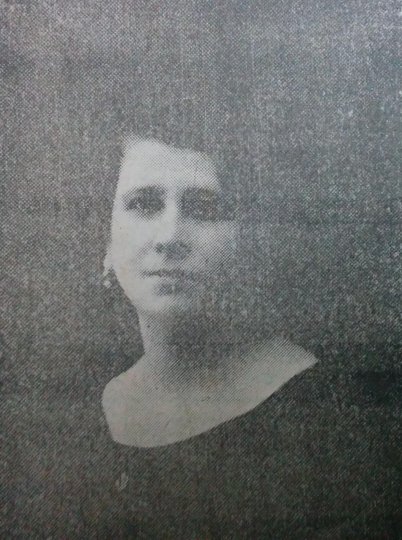 """Señora Mila G. de Nocera, fundadora y presidenta de la """"Canastilla del Bebé"""", creada el 9 de julio de 1932."""