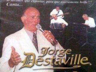 El cantante Jorge Destaville. Por su iniciativa, se bautizó a «La Perla», la «Esquina de Tango», en mayo de 2003.