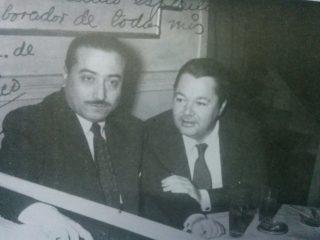 Argentino Galván en compañía, del gran bandoneonista  y compositor, Aníbal Troilo «Pichuco», en el mes de junio de 1957.