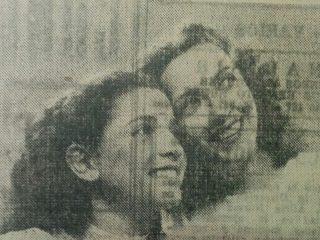 Las actrices locales, Nélida Solá y Cachita Devida.