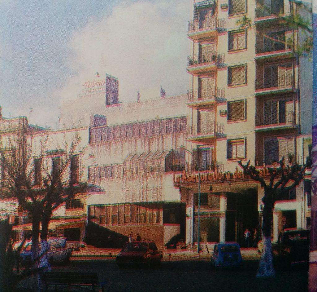 """Actual sede de la Biblioteca Popular """"Dr. Antonio Novaro"""", inaugurada el 22 de octubre de 1978."""