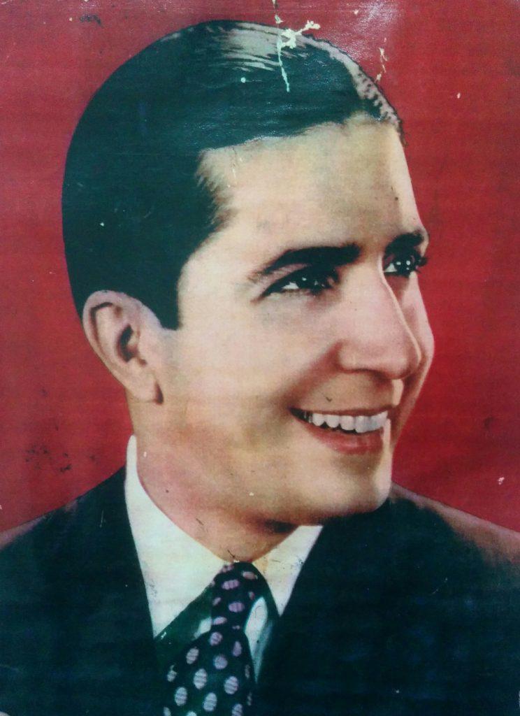 El gran intérprete del Tango, Carlos Gardel (1890-1935), quien visitó Chivilcoy, en cuatro oportunidades: La última, los días 5 y 6 de agosto de 1933.