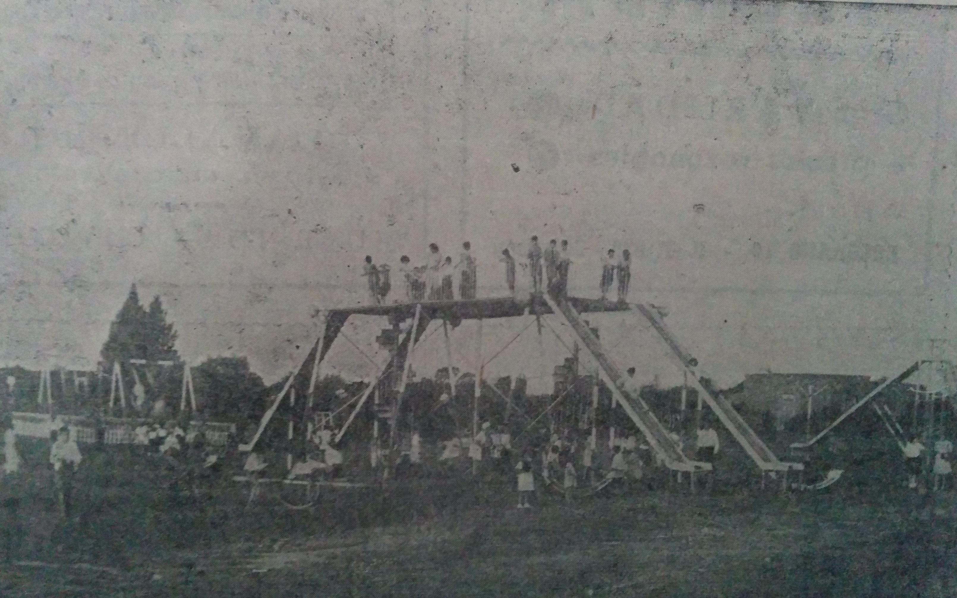 El viejo Parque Infantil de Chivilcoy, ubicado sobre la avenida Calixto Calderón. Desapareció en la década de 1960.