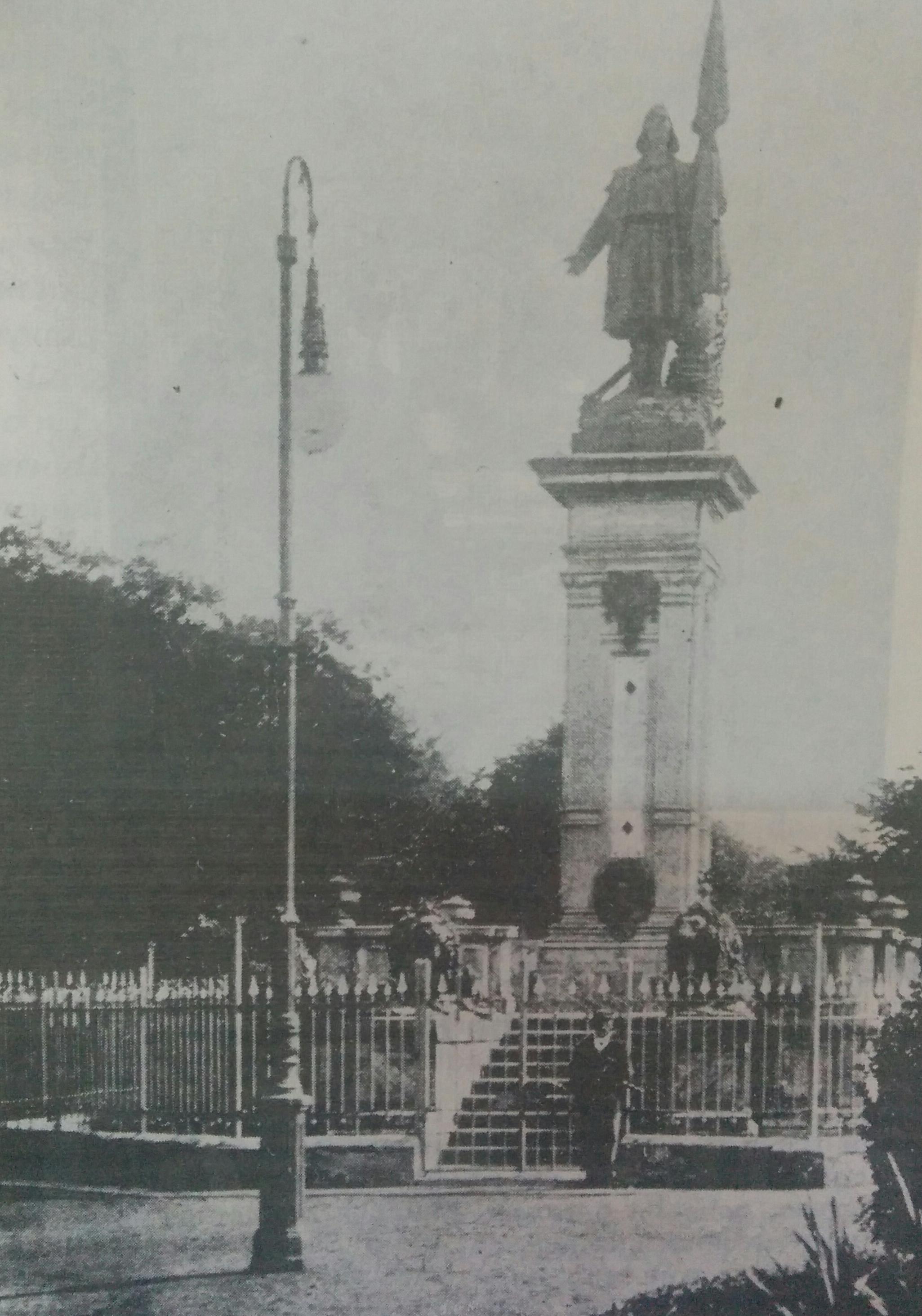 Imágenes fotográficas de Chivilcoy correspondientes al año 1892, cuando fue declarada Ciudad el 27 de agosto.