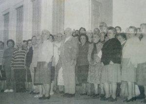 """El Coro de la Tercera Edad """"Voces de Plata"""", creado el 13 de agosto de 1988."""