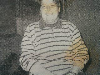 """Profesora Delia N. Monza, fundadora, organizadora y directora del Coro de la Tercera Edad """"Voces de Plata"""", creado en 1988."""