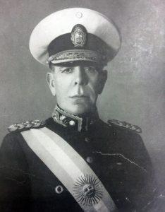 El Gral. de Brigada, Edelmiro Julián Farrell (1887-1980), presidente de la Nación, desde el 10 de marzo de 1944, hasta el 4 de junio de 1946.