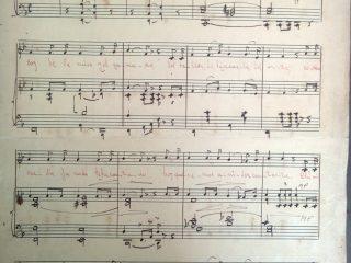 """Partitura original, del """"Canto a Chivilcoy"""", de puño y letra, del propio autor de la música, el profesor Pascual Antonio Grisolía.  Dicha partitura, se imprimió en Buenos Aires, en la editorial """"Aconcagua"""", en el mes de septiembre de 1954."""