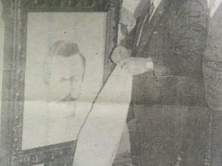 Carlos Armndo Costanzo, junto al Dr. Alfredo A. Roggiano (1988).