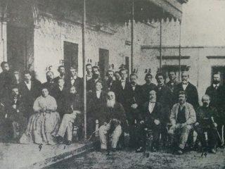 El Gral. Bartolomé Mitre, aquí, en Chivilcoy visitando la quinta de Don Francisco Castagnino, el 25 de octubre de 1868.