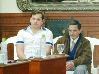 Carlos Armando Costanzo, junto al secretario técnico del Archivo Literario Municipal Germán Carlos Nicolini.