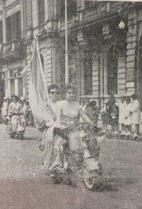 Representantes del Moto Club Chivilcoy, en un desfile del 22 de octubre, aniversario de la fundación de Chivilcoy.