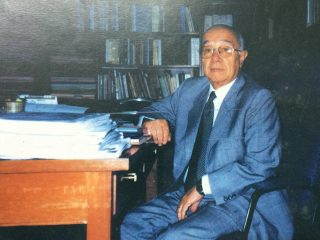 """El inminente y prestigioso abogado y magistrado Dr. José María Martocci, ex miembro y presidente de la Suprema Corte de Justicia, de la provincia de Buenos Aires, en las décadas de 1960 y 1980. Fallecido, hace ya, algunos años, colaboró, de un modo comprometido y activo, con la adquisición de la """"Casa de Chivilcoy"""", en 1961."""