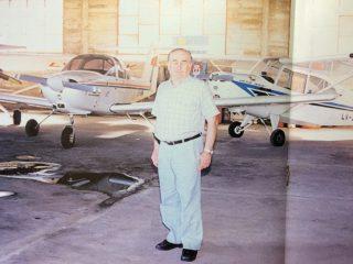 Horacio Gerardo Quinto, gran propulsor y realizador, del Aero Club Chivilcoy.  Asumió la presidencia de la entidad, después del trágico fallecimiento, de Hugo Natalio Nicolini, el 6 de noviembre de 1976.