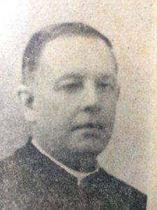 Monseñor Dr. Luis Ramón Conti (1892-1974), titular de la parroquia San Pedro, de Chivilcoy, desde el 3 de marzo de 1929, hasta su fallecimiento, el 2 de noviembre de 1974, a los 82 años de edad.
