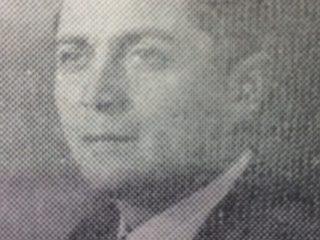 Don Generoso Fernando Falivene, ex concejal e intendente municipal de Chivilcoy, entre los años 1938 y 1940. Gracias a su iniciativa y tesonera acción, se levantó en la plaza 25 de Mayo, el primer mástil público de Chivilcoy.