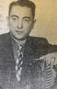 El músico, director de orquesta, compositor y docente, Luis Esteban Fontana, nacido en 1911 y fallecido en 1978. En la década de 1950, fue jefe del Archivo Municipal.