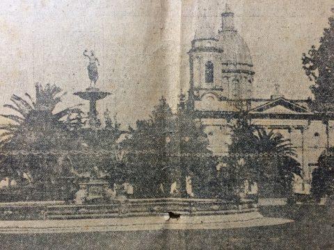 Postal chivilcoyana, del año 1926 (La plaza principal, 25 de Mayo).