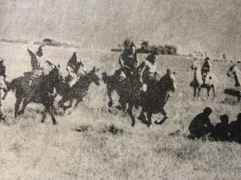 Rodaje del filme «Santos Vega» , en la estancia «Las 4 Marías», de Gorostiaga, en marzo de 1971. Fue director de la película, el joven realizador, Carlos Federico Borcosque.