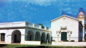 """La capilla """"Nuestra Señora de los Dolores"""", de la localidad rural de Ramón Biaus, inaugurada el 12 de febrero de 1917, gracias a la iniciativa, la profunda devoción religiosa, y la gran labor hacedora, de Doña Zenobia Ramollo de Patrón, esposa del fundador y propulsor del pueblo, Don Arturo L. Patrón."""