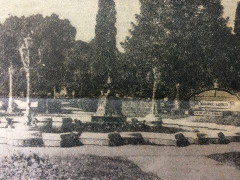 Imagen fotográfica de la Plaza España, cuyas obras de restauración y embellecimiento, se inauguraron, el 22 de octubre de 1940 (Enero de 1969).