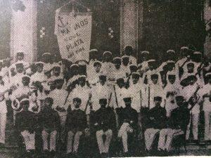 Comparsa los Marinos del Plata, que se presentaba durante el desarrollo de los carnavales chivilcoyanos, a fines de siglo XIX y principios del XX.