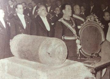 El general Juan Domingo Perón, junto al vicepresidente de la Nación, Dr. Juan Hortensio Quijano (25 de Mayo de 1948).
