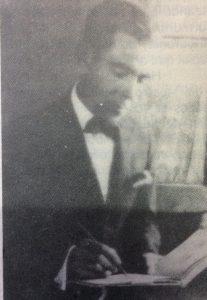 El gran pintor y decorador, Don Juan Navarro Granados, uno de los fundadores de la Agrupación Artística Chivilcoy, el 21 de abril de 1916.