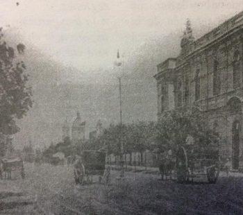 La Asociación Española de Chivilcoy, sita en la intersección de la avenida Soarez y la calle General Rodríguez, en una fotografía del año 1910.