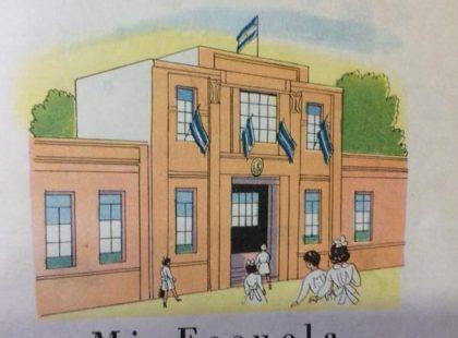 Láminas patrióticas, alusivas al 25 de mayo de 1810, publicadas en las páginas, de distintos libros de lectura, de escuela primaria, correspondientes a la décadas de 1940 y 1950.