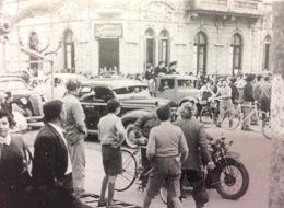 Las calles de Chivilcoy, el 16 de septiembre de 1955, al producirse el golpe de estado, cívico-militar, que depuso al General Perón, e instauró en el país, un régimen de facto, denominado «Revolución Libertadora». En nuestra ciudad, asumió entonces, como comisionado municipal, Don Enrique Nicolás Ferrer, quien reemplazó al Dr. Francisco José Faverio.