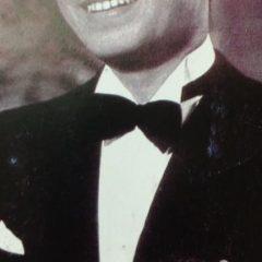 El gran intérprete del Tango, Carlos Gardel (1890-1935), quien visitó Chivilcoy, en cuatro históricas oportunidades, durante los años 1912, 1921, 1925 y 1933.