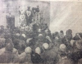 El día de la inauguración, de la «Estatua de Pascualito», en el Cementerio Municipal, el 27 de enero de 1961, primer aniversario de su tan lamentado fallecimiento.