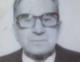 El maestro normal, Don Carlos Armando (1905-1987), director de la Escuela Nº 9, de General Conesa (Río Negro), y fundador de cinco nuevos establecimientos educacionales, en dicha provincia, del sur argentino.